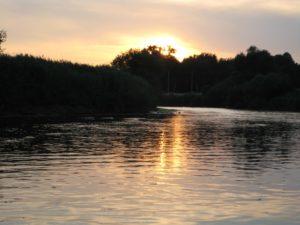 Gruppentouren/Feierabendtour- paddeln auf der Werra, im Schlauchboot/ Kanu mit anschliessender gemütlicher Runde